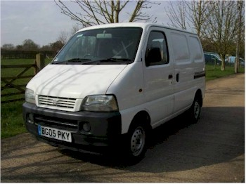 -Suzuki Van Outside 1